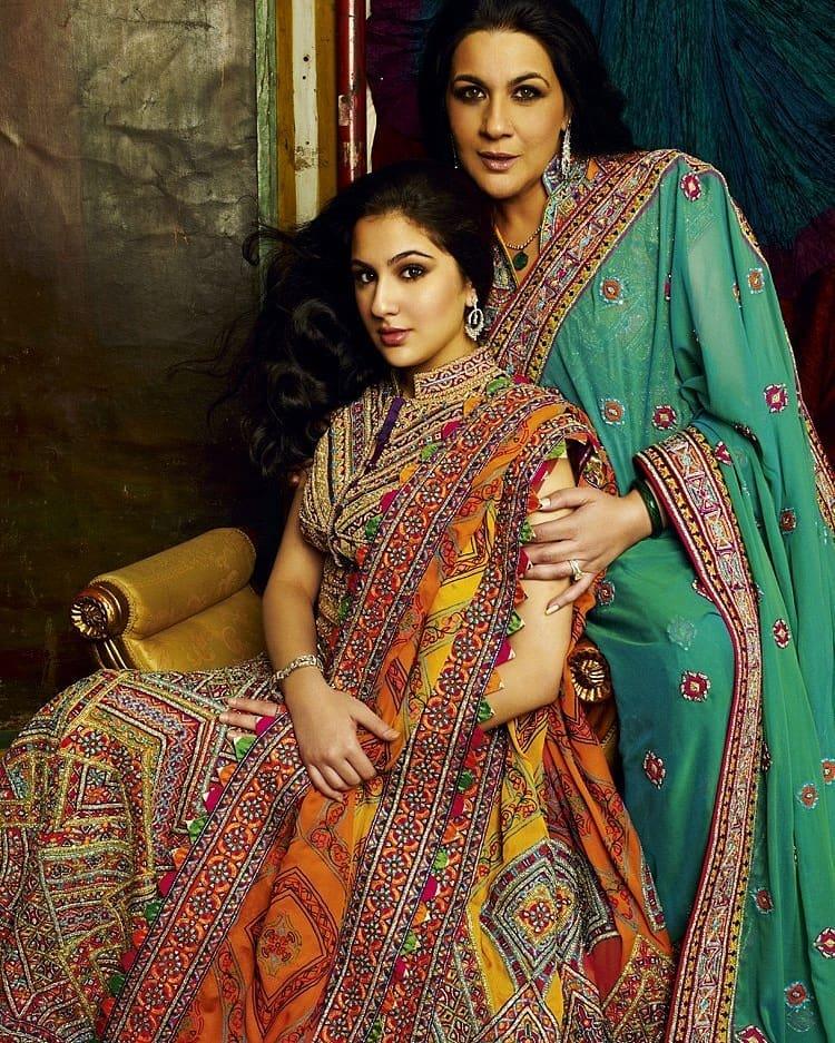Sara Ali Khan - Amrita Singh - Bollywood