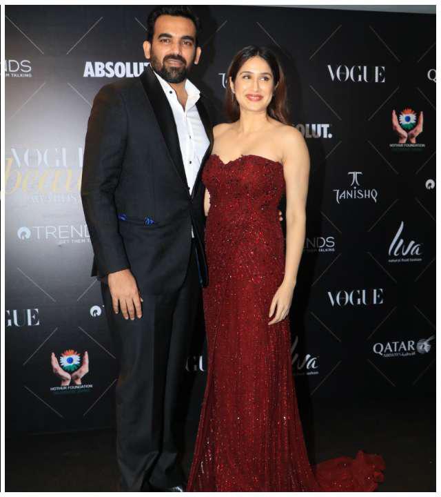 Sagarika Ghatge and Zahir Khan_Vogue Beauty Awards 2018